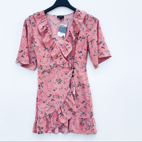 Topshop Dresses & Skirts - Topshop Ruffled Floral Pink Dress
